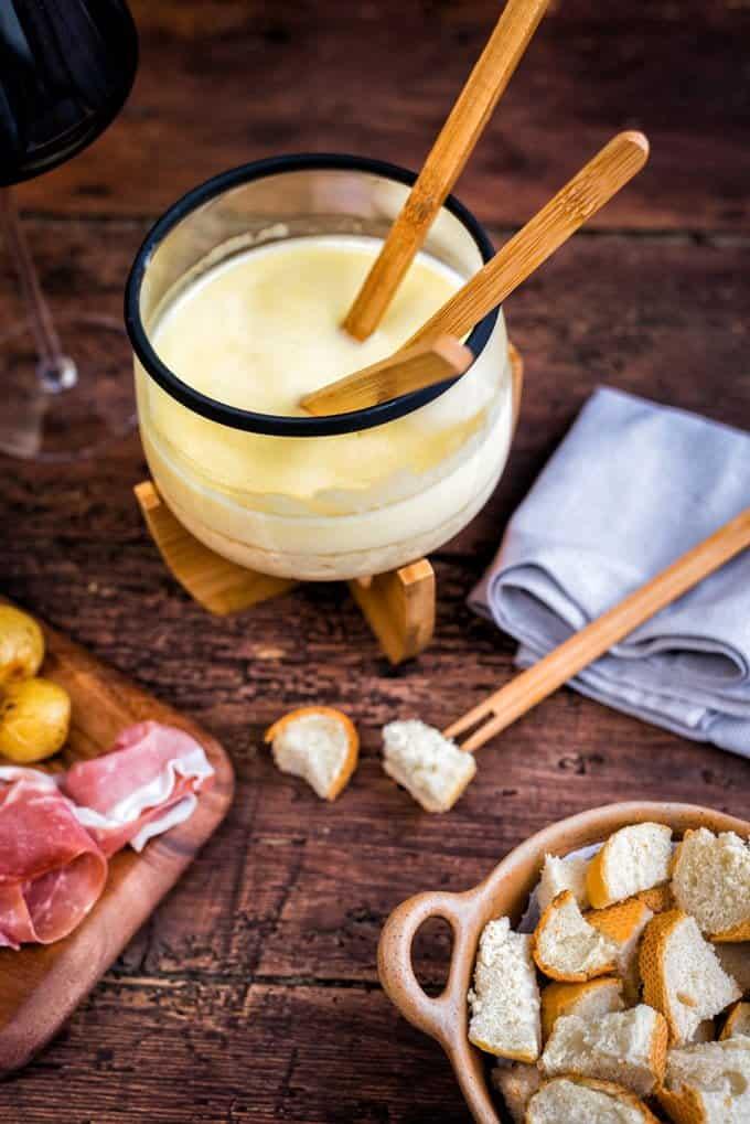 Traditional Swiss Cheese Fondue