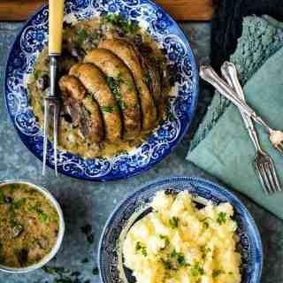 Slow cooker beef brisket with mushroom gravy