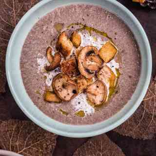 This creamy mushroom soup is like a hug in a bowl! Make it with both wild and cultivated mushrooms for maximum flavour.