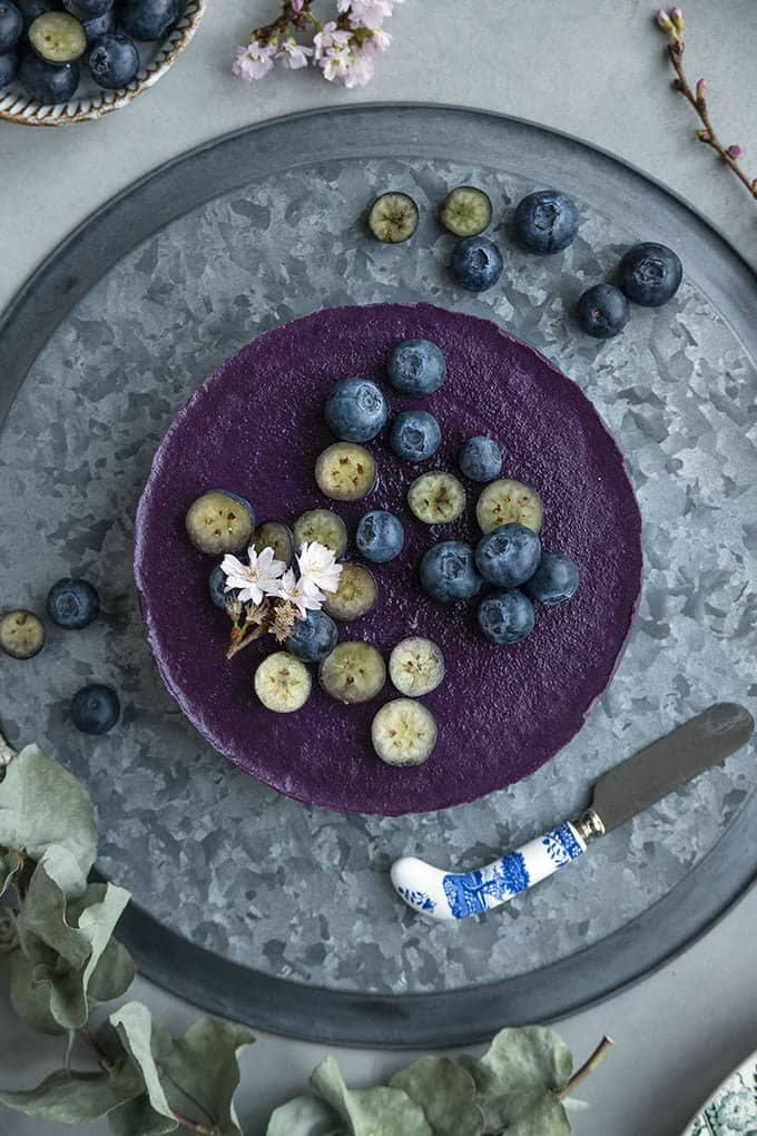 This raw vegan blueberry smoothie cake is packed with wholesome ingredients