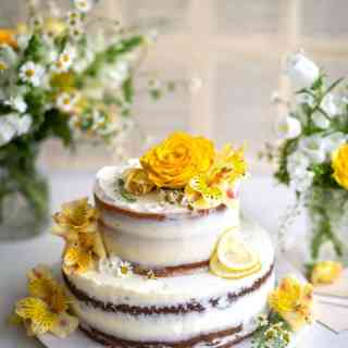 This lemon and elderflower layer cake is worthy of a Royal wedding!