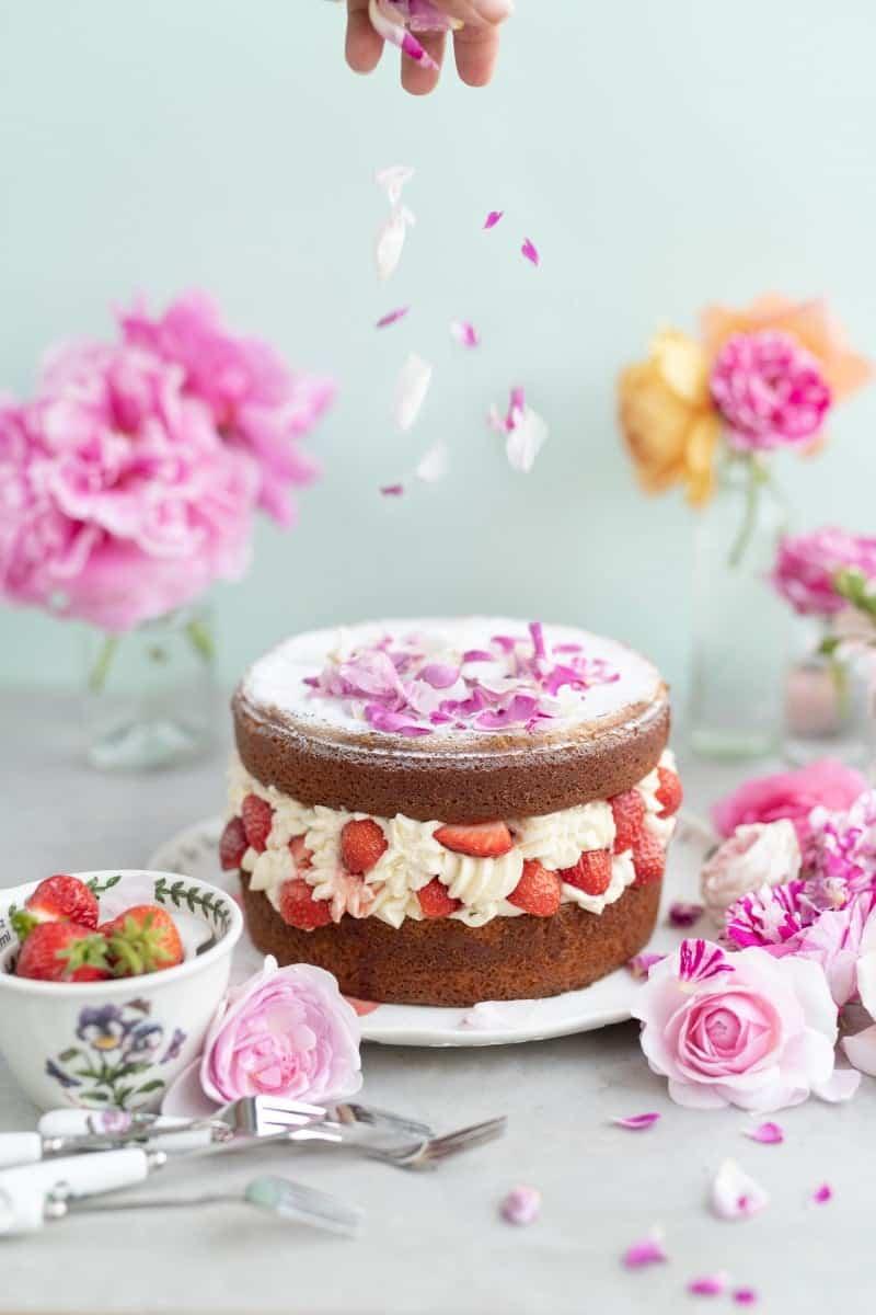 strawberry rose layer cake