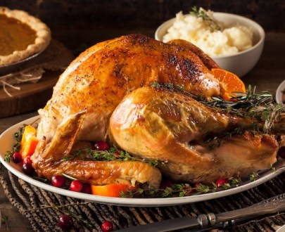 homemade roasted thanksgiving day turkey PHF8T3N - Dinde
