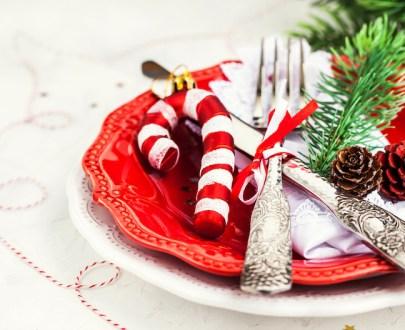 christmas table holiday background 3YSY6PM - Menu de la terre Fêtes