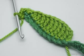 Crochet Leaf Cable Tie Step 16