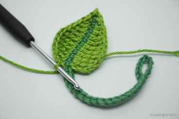 Crochet Leaf Cable Tie Step 19