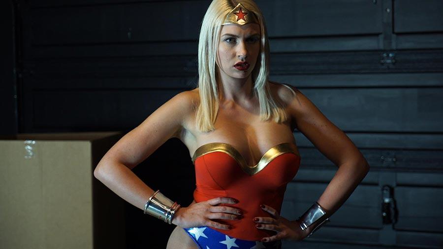 Superheroine rye