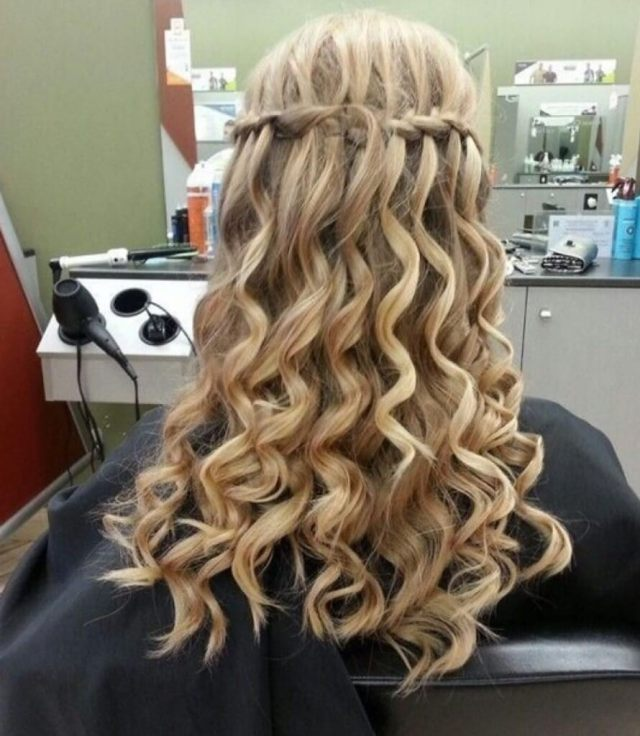 20 curly hairstyles for prom - get ready for your prom night