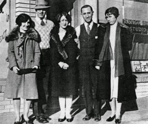 Disney stüdyolarının açılışında Walt Disney