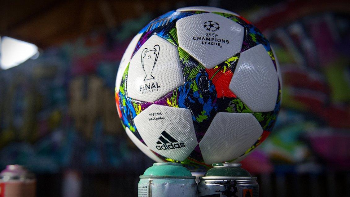 Adidas Football Wallpaper 5