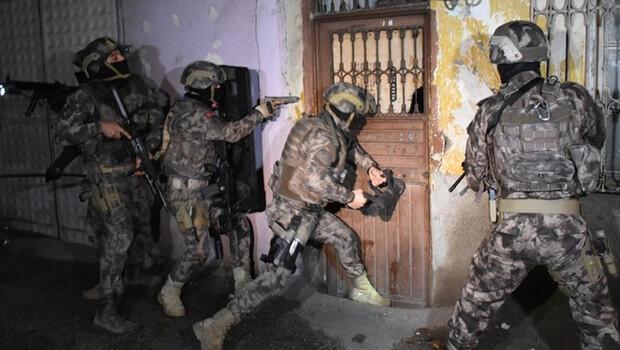 Adana'da PKK/KCK operasyonu! 8 kişi yakalandı