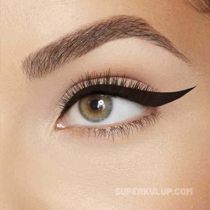 Badem göz makyajı nasıl yapılır eyeliner çekin!