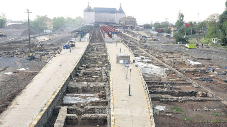 Kazdıkça Tarih Çıkıyor! Haydarpaşa'dan tam 12 bin kasa tarihi eser çıktı!