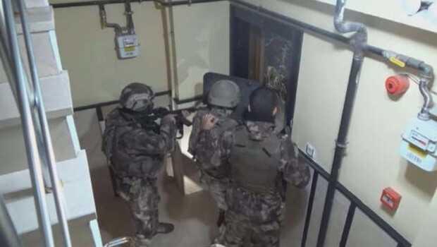 Son dakika… İstanbul'da MİT ve Emniyet'ten DEAŞ operasyonu! Çok sayıda gözaltı