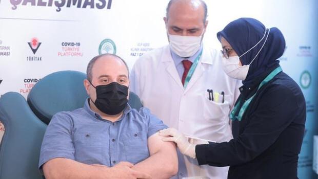 Bakan Varank 2. doz yerli aşısını yaptırdı