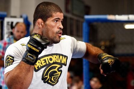R. Toquinho (foto) foi demitido do UFC após vitória em Barueri. Foto: Divulgação