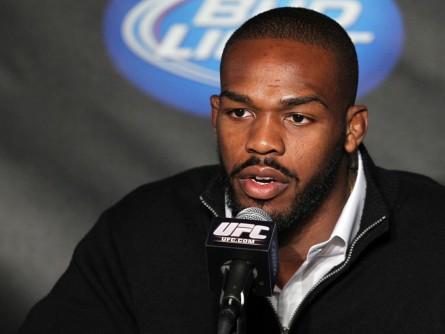 J.Jones (foto) encara Glover no próximo dia 26 de abril. Foto: Josh Heges/UFC