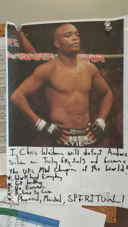 Weidman escreveu uma mensagem de auto-ajuda abaixo de uma foto de Anderson e prendeu na geladeira