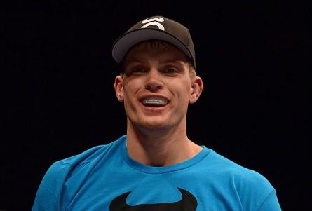Thompson (foto) venceu por nocaute no UFC 170. Foto: Donald Miralle/Zuffa LLC