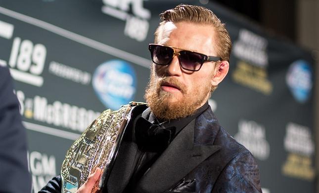C. McGregor (foto) encara J. Aldo em dezembro. Foto: Divulgação/UFC