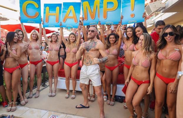 McGregor teve uma festa e tanto para comemorar vitória no UFC 202. Foto: Reprodução