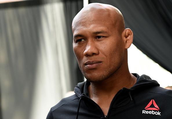 Jacaré usou as redes sociais para comentar derrota (Foto: Mike Roach/UFC)