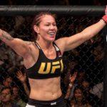 Cyborg é a nova campeã do peso pena do UFC (Foto: Reprodução/Facebook UFC)