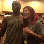 Jones e Cyborg são favoritos para o UFC 214 (Foto:Reprodução/Twitter UFCBrasil)