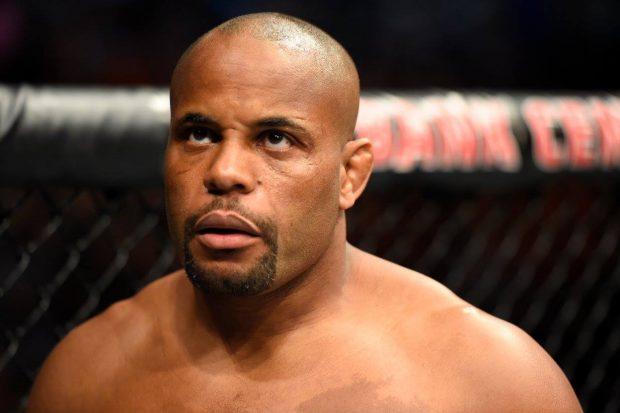 Cormier (foto) pediu compaixão a Jones (Foto: Reprodução Facebook UFC)