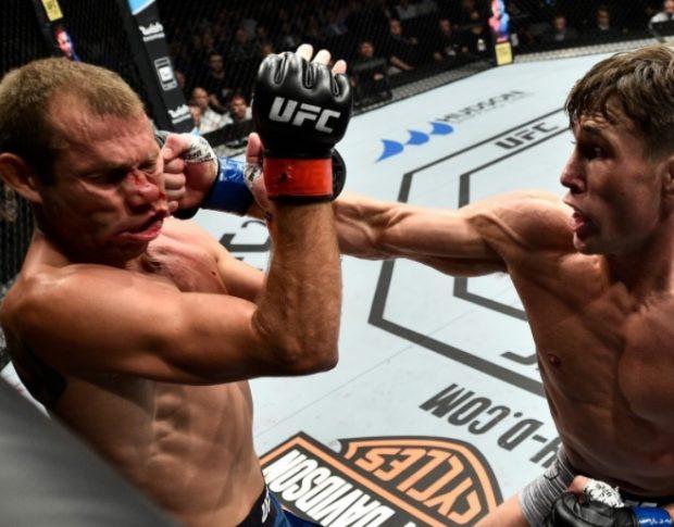 Till (dir) nocauteou Cerrone (esq) no UFC Polônia (Foto: Reprodução Instagram ufc_brasil)