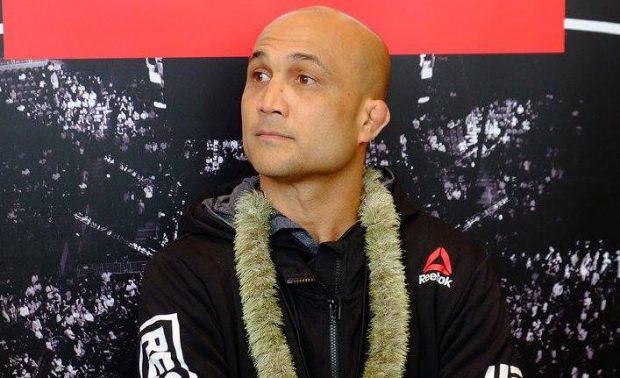 Com 38 anos, Penn descartou pendurar as luvas (Foto:reprodução/Facebook UFC)