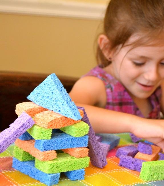 بالصور 5 ألعاب رائعة يمكنك صنعها لأطفالك بالمنزل سوبر ماما