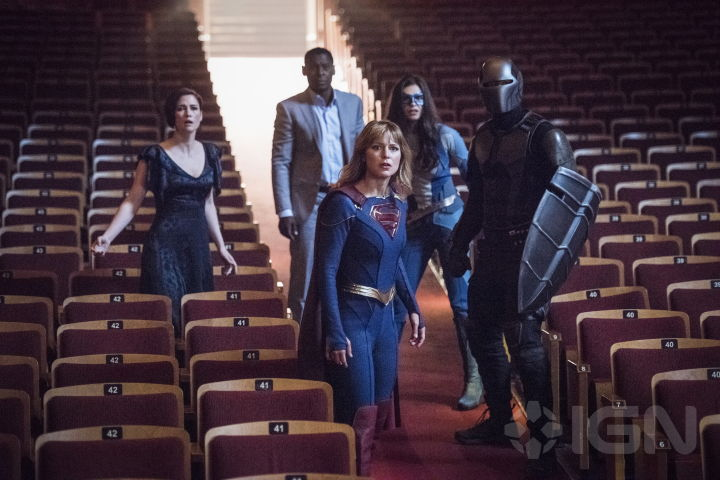 """New """"Supergirl"""" Image From IGN – Superman Homepage"""