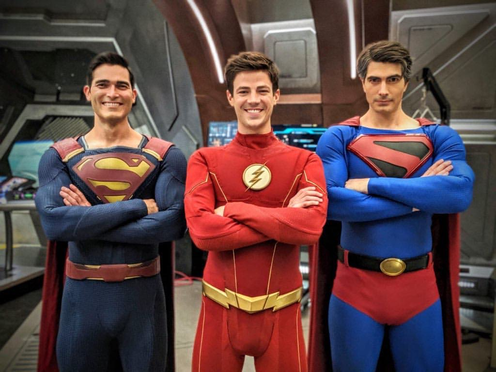 https://i1.wp.com/www.supermanhomepage.com/clickandbuilds/SupermanHomepage/wp-content/uploads/2019/10/Hoechlin-Gustin-Routh-Crisis.jpg?w=1024&ssl=1
