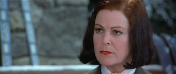 Annie Ross as Vera