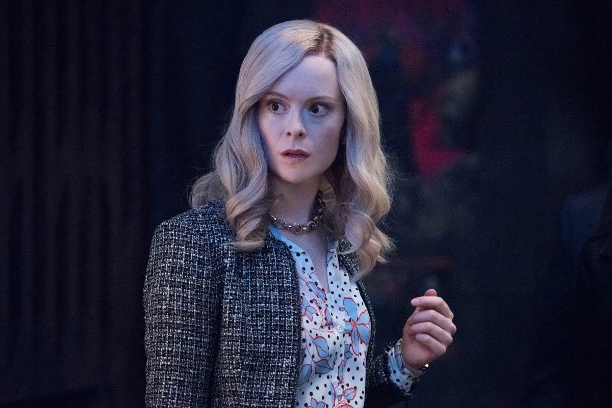 Supergirl-S06E06-PromAgain09