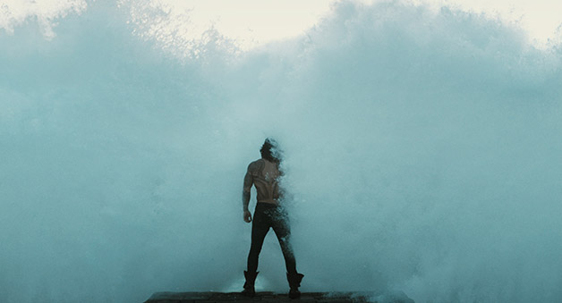 Justice_League_Aquaman_Wave