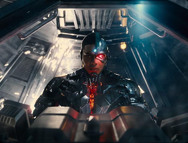 Justice_League_Cyborg_Flying_Fox