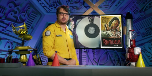 """MST3KEp7RipOff - Mystery Science Theater 3000 The Return (S01E07) """"The Land That Time Forgot"""""""