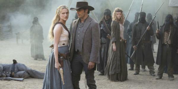 "WestworldS02E03DoloresTeddy - Westworld (S02E03) ""Virtu e Fortuna"""