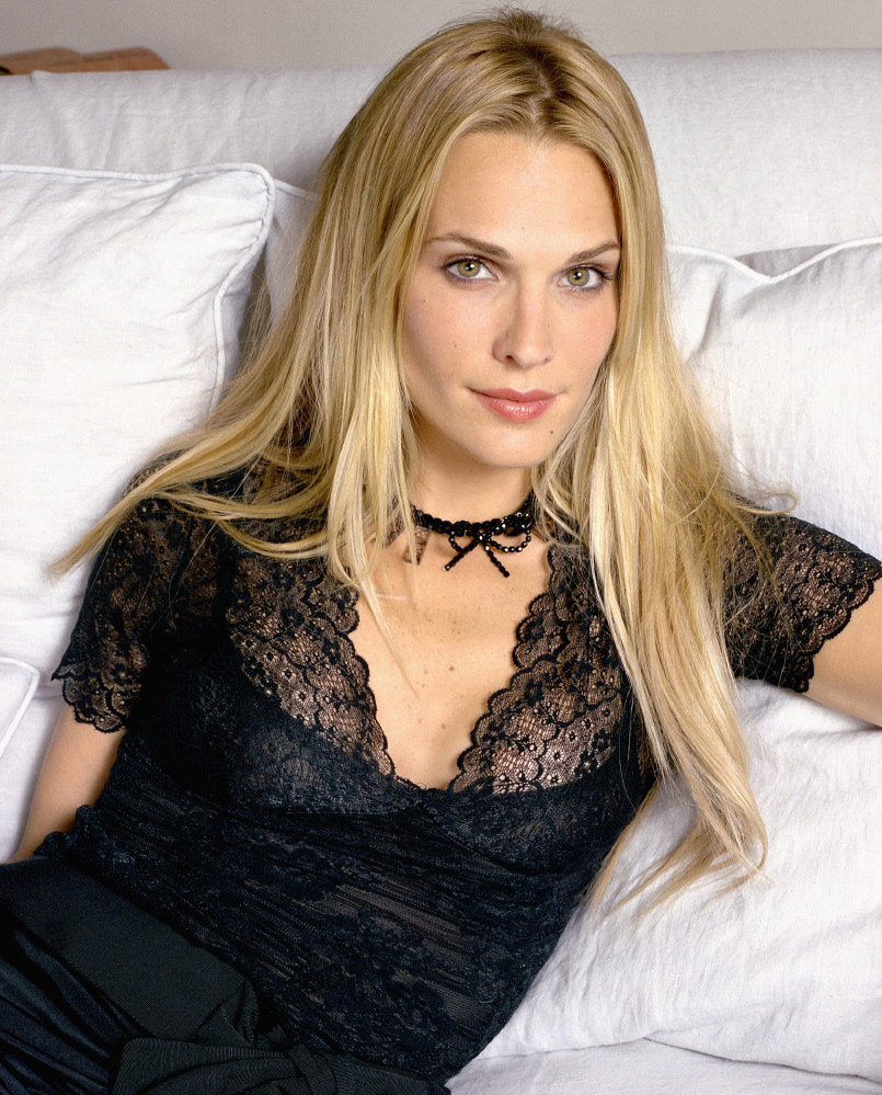 Molly Sims for People Magazine, June 2002 [x 22]