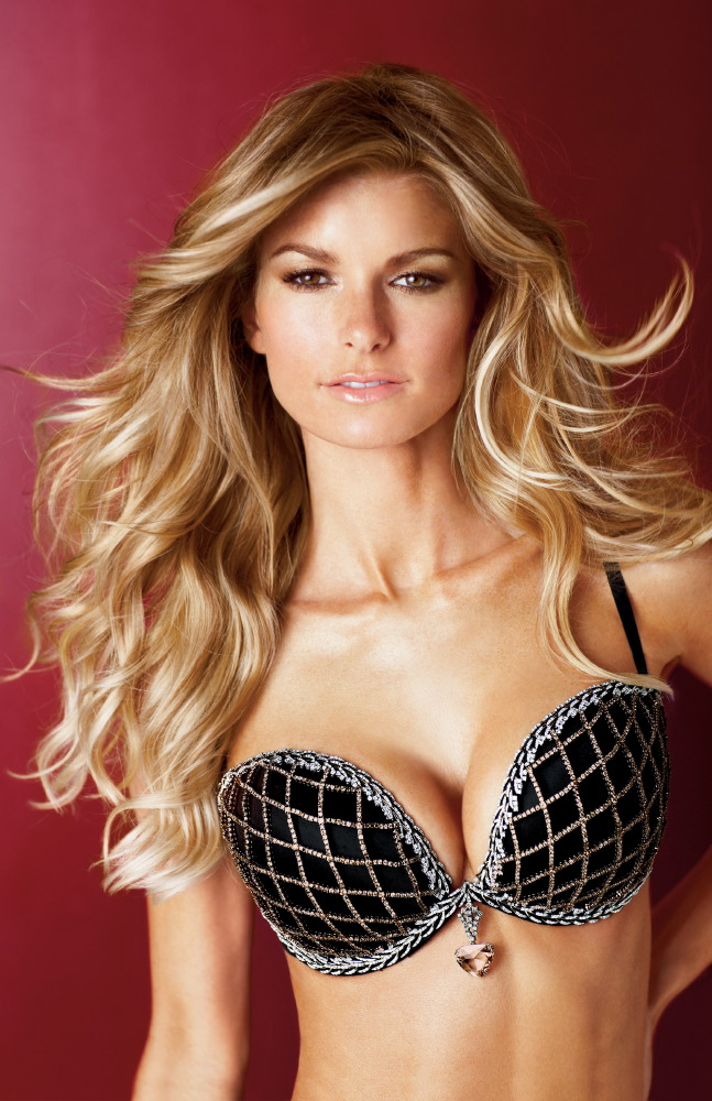 Marisa Miller for the Victoria's Secret Fantasy Bra 2009 [x 1]