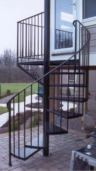 Кованые винтовые лестницы, художественная ковка