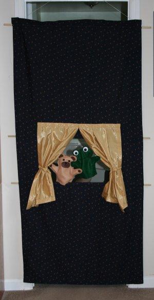 doorway-puppet-theatre