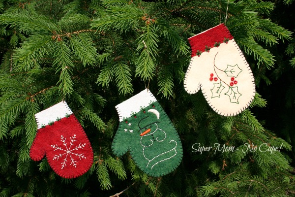 Second set of embroidered felt mitten ornaments
