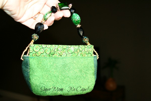 Flex Frame clutch purse with beaded handle