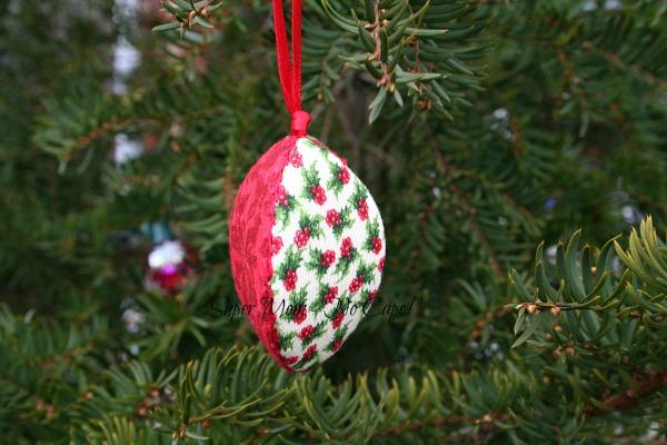 Three Fabric Christmas Pip