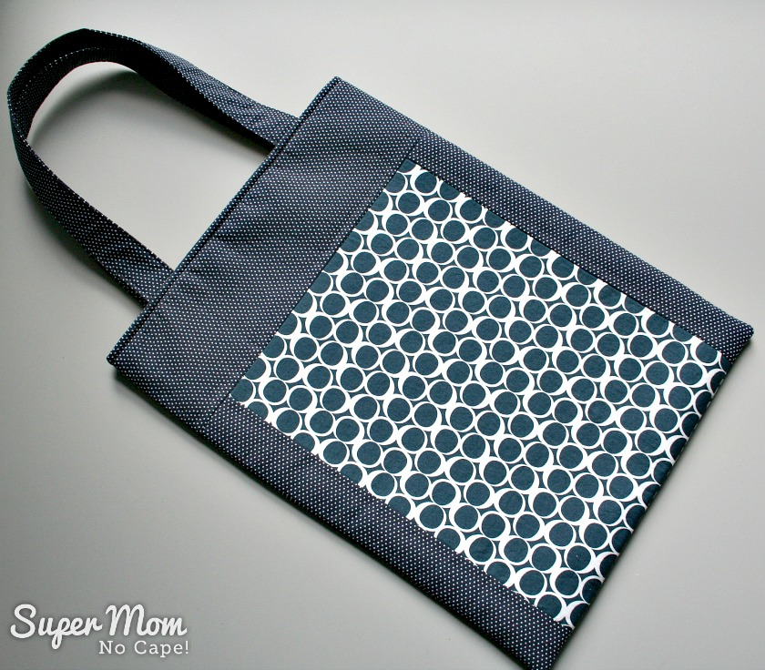 Front of the tote made with Serene Tide Round Elements by Art Gallery Fabrics