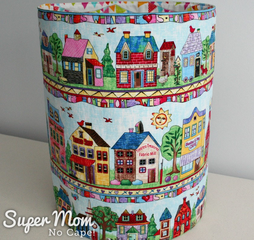 Fabric Scrap Storage - 10.5 inch Fat Quarter Pop_Up using Home Sweet Home fabric