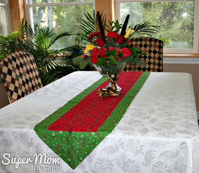 One Hour Table Runner - Christmas table runner green with red center
